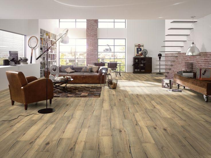 Classic vgroef 8 mm 1001. Zeer mooie robuust eiken vloer. Zeer mooie houtstructuur, zichtbare noesten en nerven. Afgewerkt met mooie 2-zijdige vgroef. Past zeer mooi in een landelijk, modern en strak interieur. Goed te combineren met veel kleuren in meubels en accessoires. Geschikt voor woonkamer, slaapkamer en kinderkamer. Kijk op www.gelasta.nl voor een verkooppunt bij u in de buurt, of om een staal van deze vloer aan te vragen.