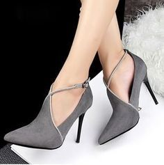 Very elegant and sexy. I wanna have a pair of these shoes www.ScarlettAvery.com