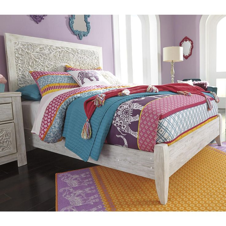 Signature Design by Ashley Paxberry Full Bed in White Wash