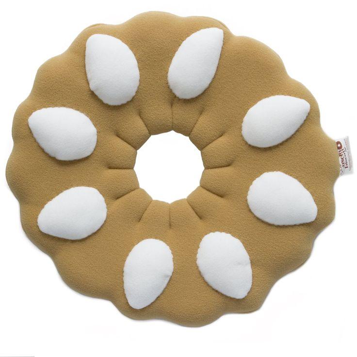 Biscotto Bucaneve Classico, il cuscino ideale per un riposino dolcioso... http://www.carillobiancheria.it/cuscino-biscotto-bucanevoso-classico-loriginale-l400-p-9310.html