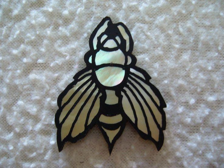 Bees Ebony 106