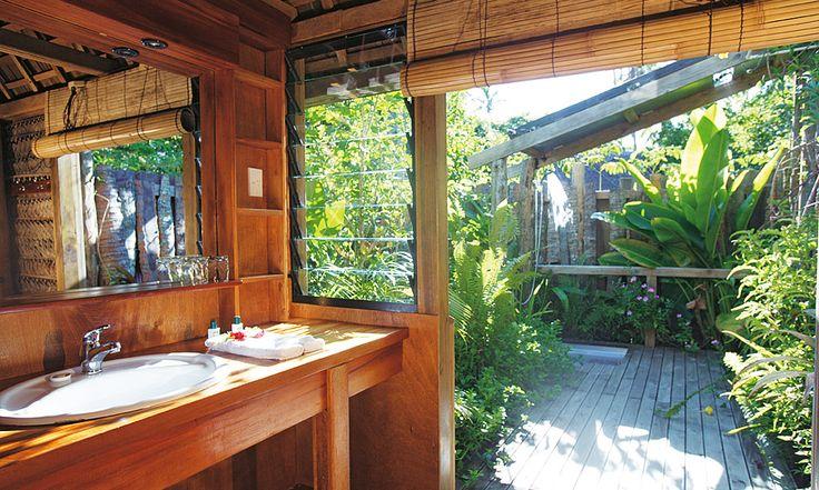 Fafa Island Resort Fale Bathroom