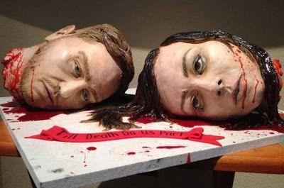 le gateau de mariage le plus horrible 2   Le gâteau de mariage le plus horrible   tête photo mort mariage image horreur gâteau foodart decap...