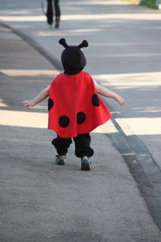 Kostüme für Kinder - marienkäfer cape für kleinkinder - ein Designerstück von bighead5005 bei DaWanda