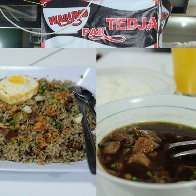Food Blog Bali  #Food: Nasi Goreng Rawon & Rawon #Delicious: 3.5/5 #Foodcious: Rawon cabang dari Surabaya ini menambah lengkap daftar makanan warungan di Bali.  Rasanya enak porsi sedikit kecil namun harga juga bersahabat buat beli 2 porsi    Warung Pak Tedja <Rp 20k  Jl. Nakula (imbo) sebelah ayam betutu liku    #rawon #NasiGoreng