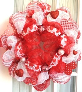 Valentine mesh wreath