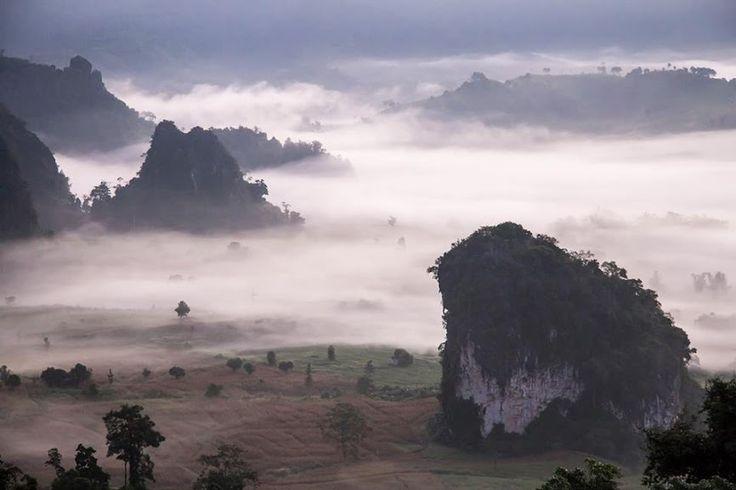 """""""Phu Lang Ka National Park"""" , Phayao province"""