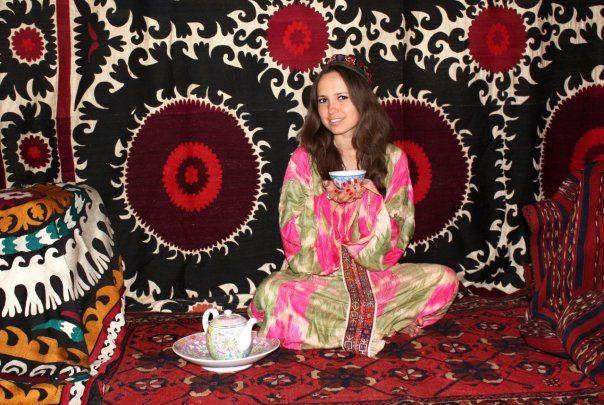 uzbek Suzani, silk Ikat, antique rug, porcelain… http://suzani.tumblr.com/