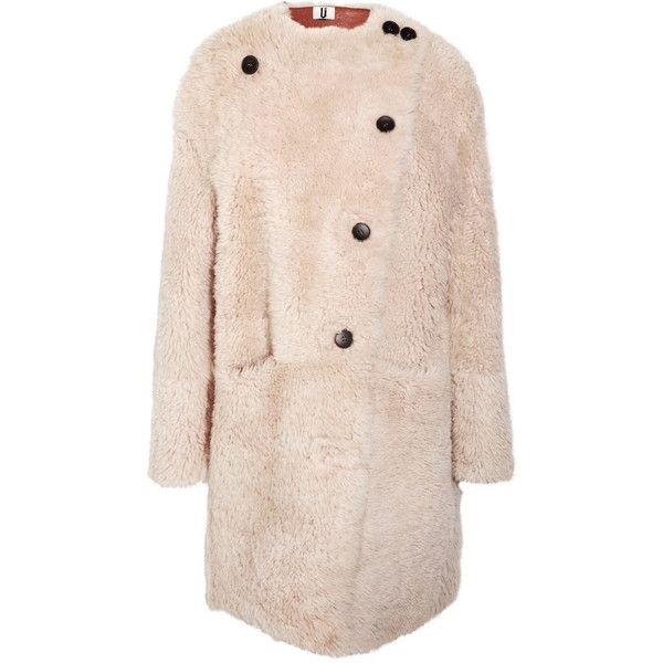 Topshop Unique Reversible color-block shearling coat (73,830 DOP) ❤ liked on Polyvore featuring outerwear, coats, jackets, topshop, topshop unique, pink coat, vintage coats, asymmetrical coat and colorblock coat