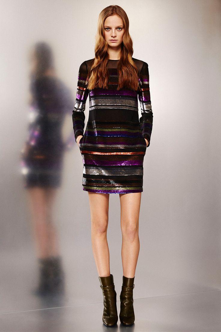 Alison Brie's Get Hard Hollywood Premiere Emilio Pucci Pre-Fall 2015 Black Multicolored Striped Dress and Stuart Weitzman Nudist Sandals Emilio_Pucci_030_1366