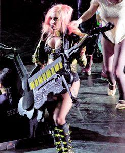The Born This Way Ball, Lady Gaga, Marry The Nigth, Keytar