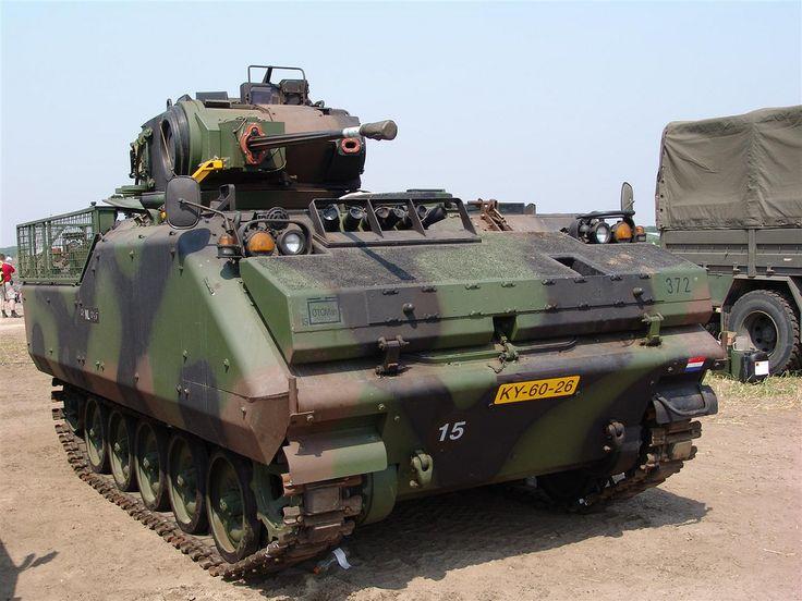 002 nederlandse landmacht YPR 765