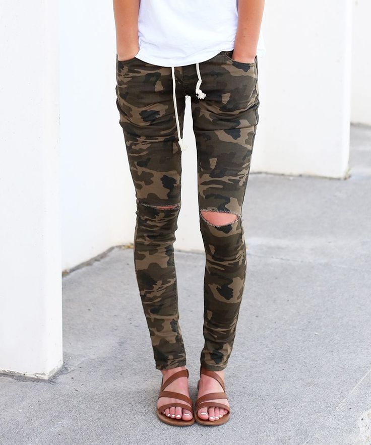 25+ Best Ideas about Camo Leggings Outfit on Pinterest | Camo outfits Camo dress shirt and ...