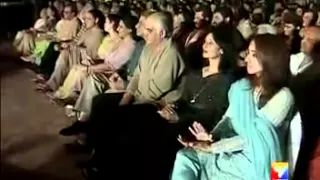 ▶ JAGJIT SINGH Live In Concert Life Story Part 1 by dastani YouTube - YouTube