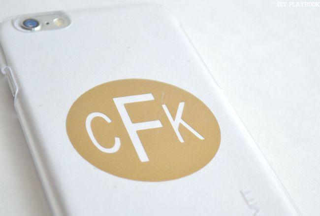 DIY Customized Phone Covers - DIY Playbook