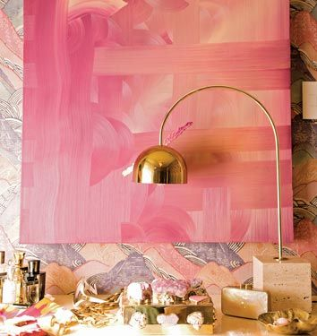 love the gold lamp and pink painting