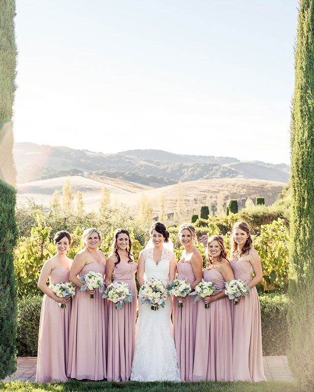 A dreamy and elegant blush and sage wedding at Viansa Winery | Kreate Wedding Photography: http://www.kreateweddingphotography.com