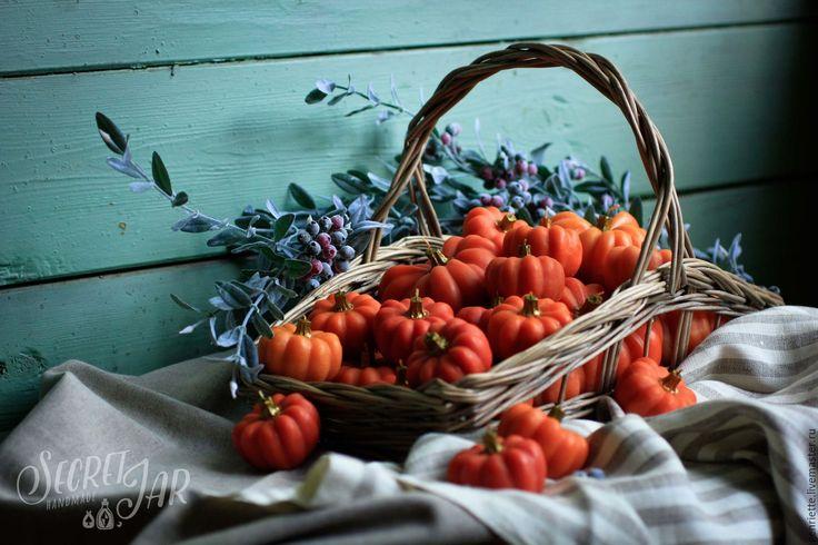 Купить Ароматические свечи-тыквы - рыжий, оранжевый, голубой, тыква, тыквы, осень, Свечи