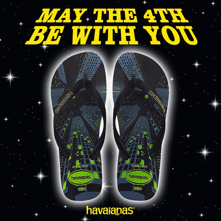 Glow in the dark(side). Discover the force of #Havaianas at http://www.havaianas-store.com/  #StarWarsDay #maythe4thbewithyou