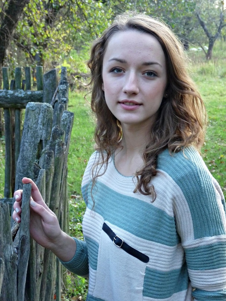 autumn is here.  udobuy sweater <3