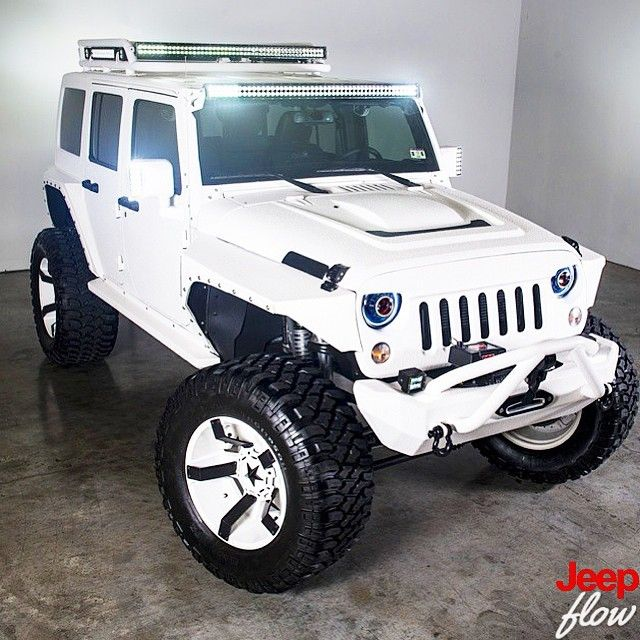 2015 #Jeep #Wrangler #Rubicon custom built by @arw_offroad FOR SALE! Call same today 832-444-5746 @net_car_showroom_houston #JEEPFLOW