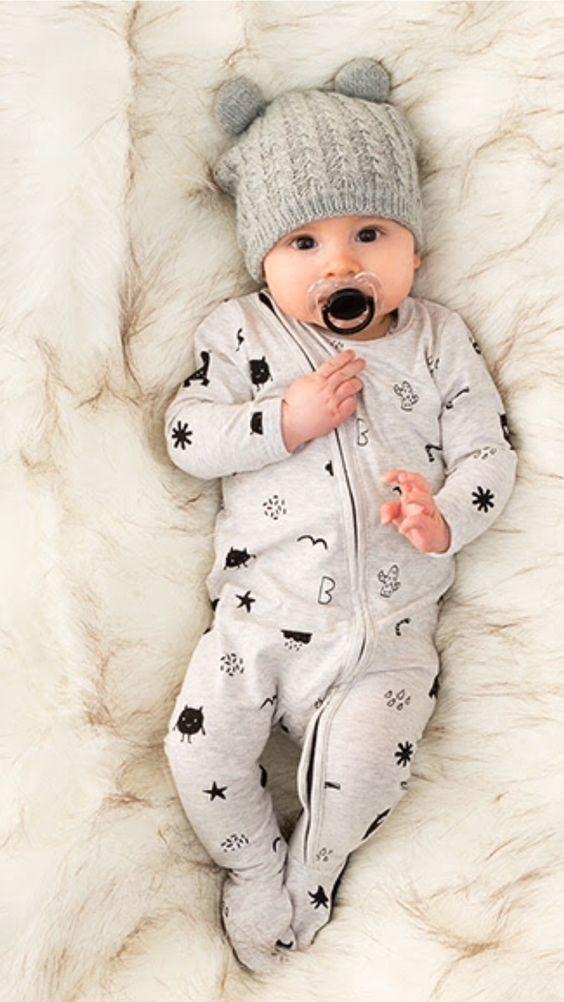 Enxoval de bebê: Guia completo para escolha e compra