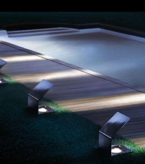 Quadrat outdoor lamp by Giuseppe Bavuso for Sidesign _