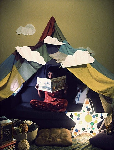 Children's reading area: Clouds, For Kids, Book Nooks, Blankets Cont, Tent, Reading Corner, Reading Nooks, Indoor Camping, Kids Reading