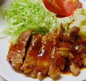 「やっぱり美味しいトンテキ ニンニクソース!」多くの方にお気に入りつくれぽしていただき、本当にうれしいですありがとう♪♡♪ニンニクとコクのあるたれで食欲でます。子供もペロッと食べちゃいますよ。【楽天レシピ】