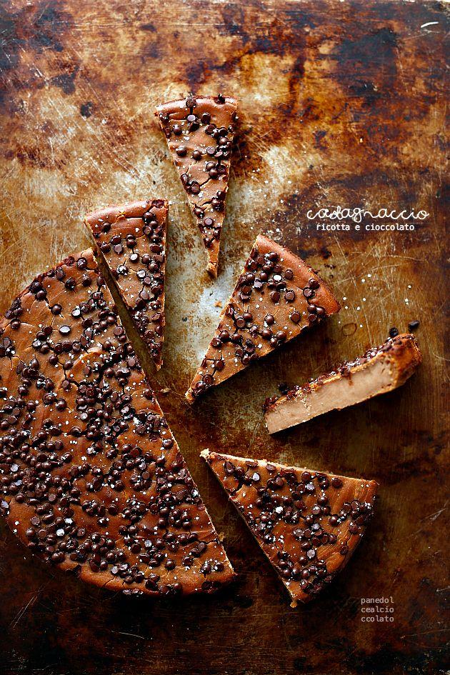 Castagnaccio ricotta e cioccolato