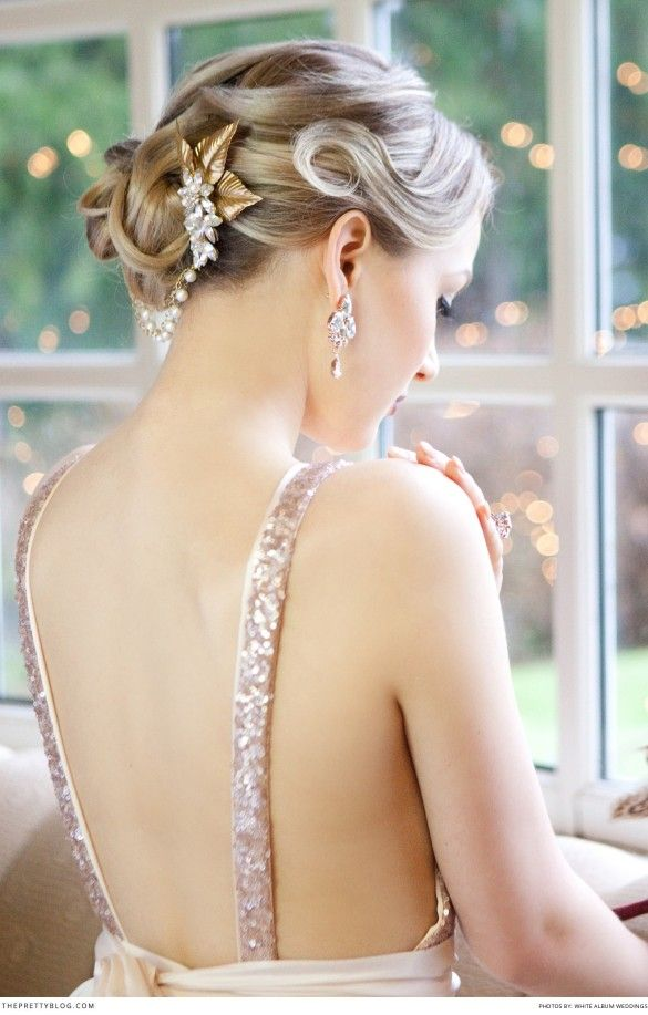 Old hollywood style wedding dress. Dress: Truvelle