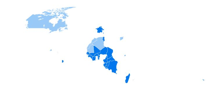 El francés es un idioma oficial en Bélgica, Benín, Burkina Faso, Burundi, Camerún, Canadá, Chad, Comoras, Costa de Marfil, Djibouti, Francia, Gabón, Guinea, Guinea Ecuatorial, Haití, Líbano, Luxemburgo, Madagascar, Malí, Mauricio, Mónaco, Níger, República Centroafricana, República Democrática del Congo, Ruanda, Senegal, Seychelles, Suiza, Togo, Túnez y Vanuatu. También hay hablantes en Argelia, Marruecos, Mauritania y Sahara Occidental Siria