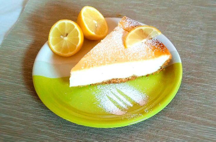 Nadýchaný tvarohový cheesecake s vločkovým korpusem - Dezert - Recepty - ŽENY sro