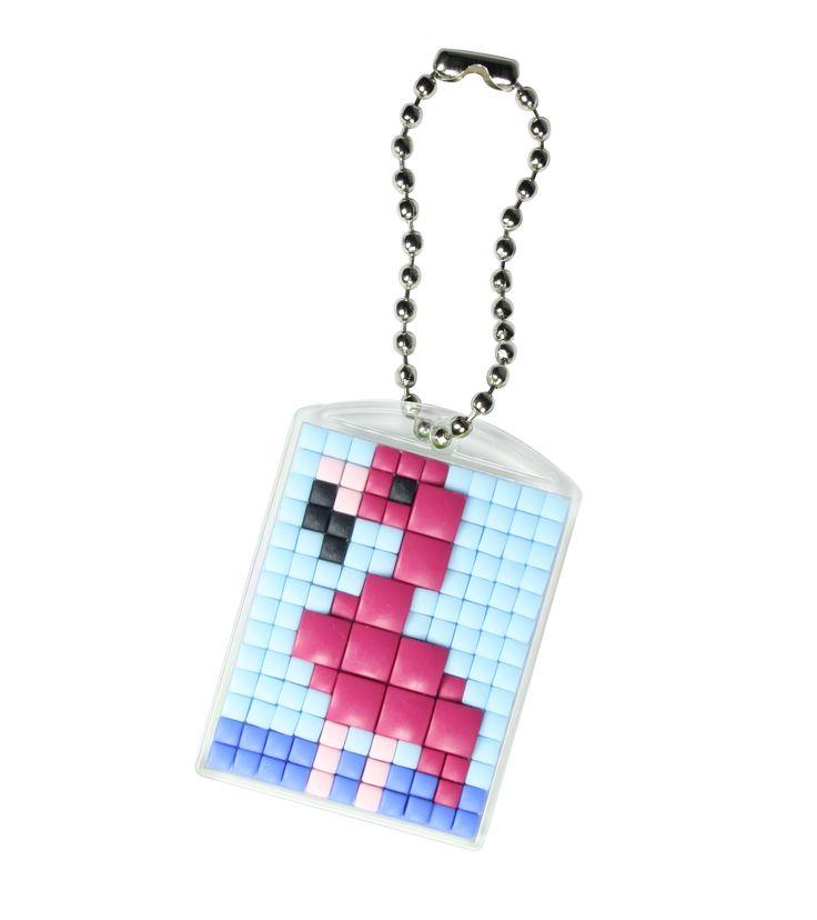 #pixelhobby #classic #XL #hobby #doe-het-zelf #creatief #sleutelhanger #medaillon #flamingo