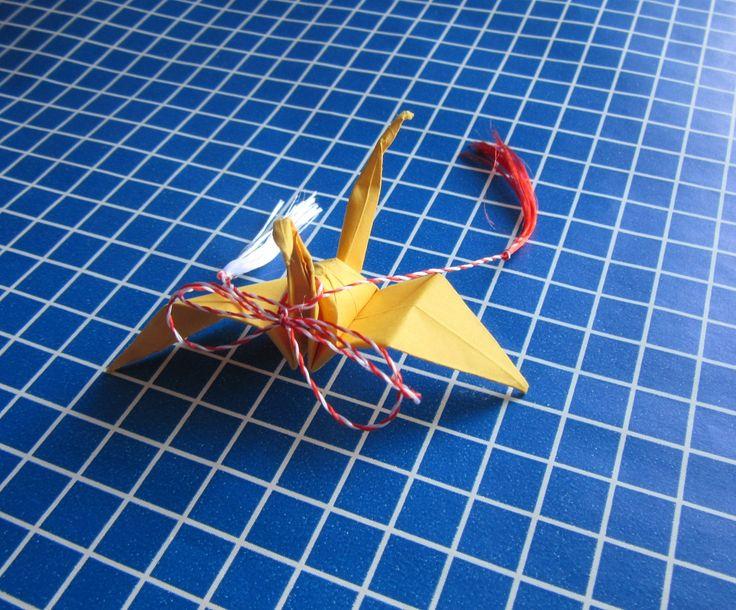 Martisor origami lebada