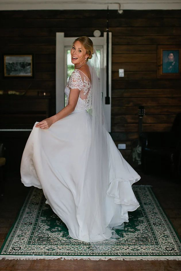 Our bride Jessie is pure magic in our Banquet Skirt and Waterlily Bodice!