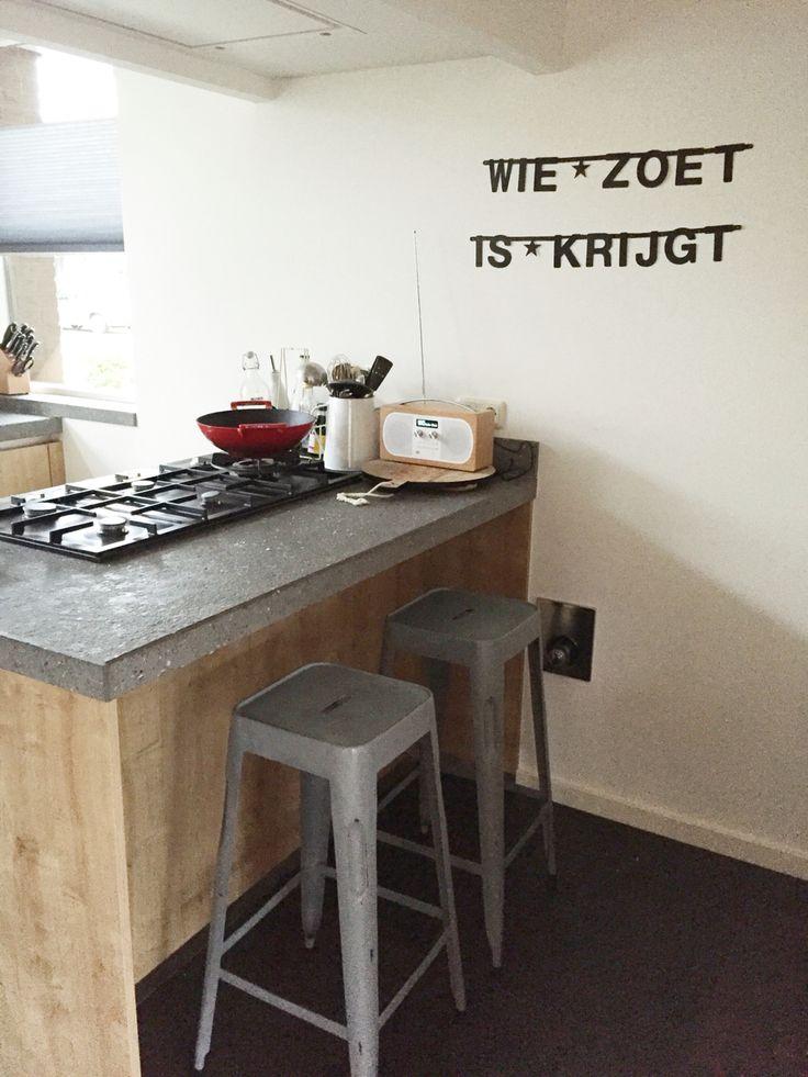 Letterslinger in keuken