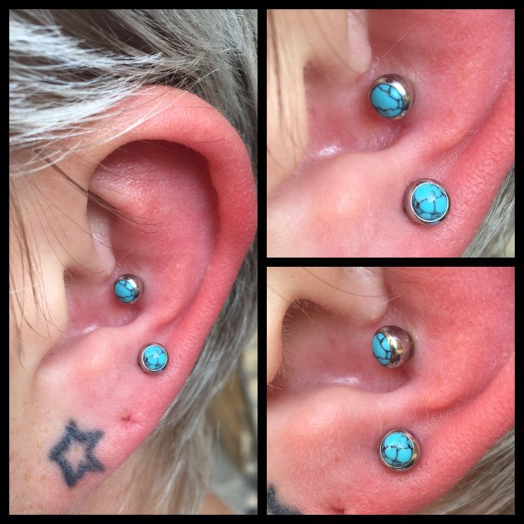 2 frihånds øre piercinger lavet med turkis ender som begyndelsen på et øre kun med lækre turkis smykker 😍   Ses i dag hos Artistic på Vesterbro 11-14 ❤️🙏🏾