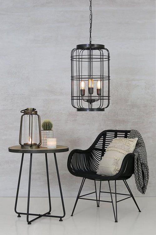 Ga voor de industriële stijl met deze metalen hanglamp afgewerkt met een tijdloze loodkleur finish! Te koop in onze webshop!