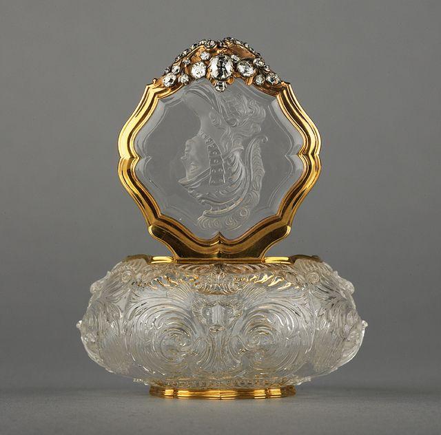 Gold Perfume Bottle, Dresden, Germany circa 1745