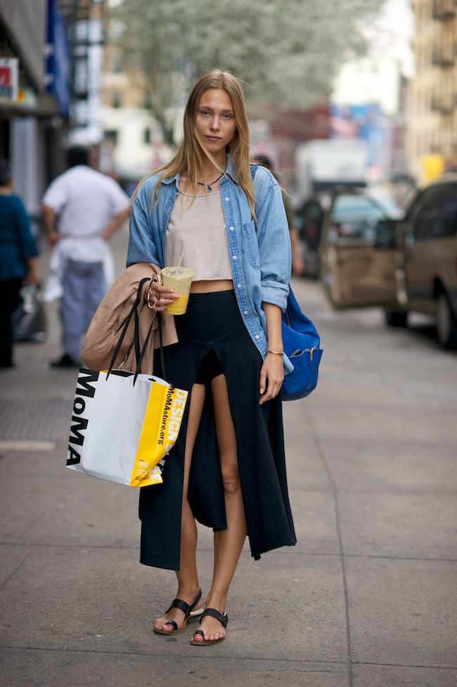 Where Did U Get That STREET: Crop Tops, Street Style, Cities Chic, Long Skirts, Denim Shirts, Casual Looks, New Shoes, Flats Sandals, Street Style