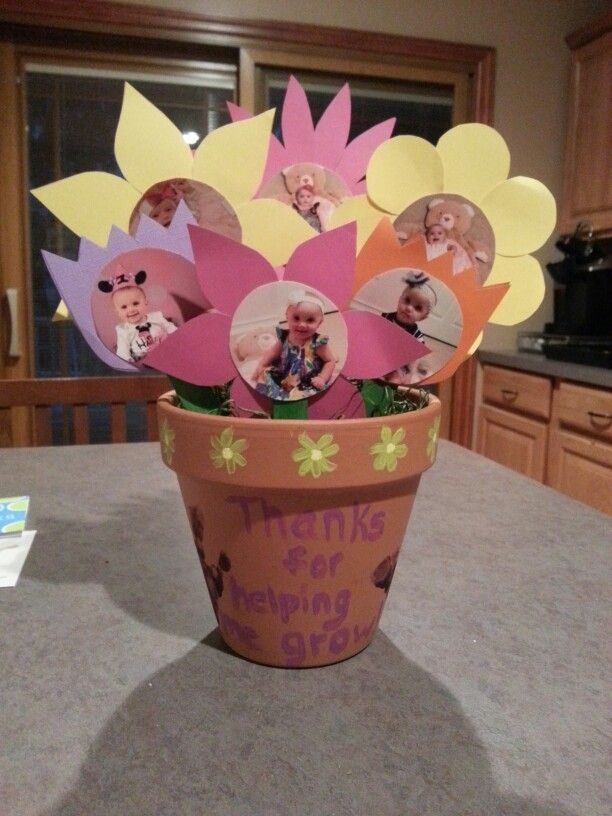 Homemade gifts from your children -- created with your help, of course -- are particularly meaningful. Need a little creative boost? Here are eight great homemade gifts that nannies and babysitters would love: Mason Jar Picture Frame Vase Though flowers are.