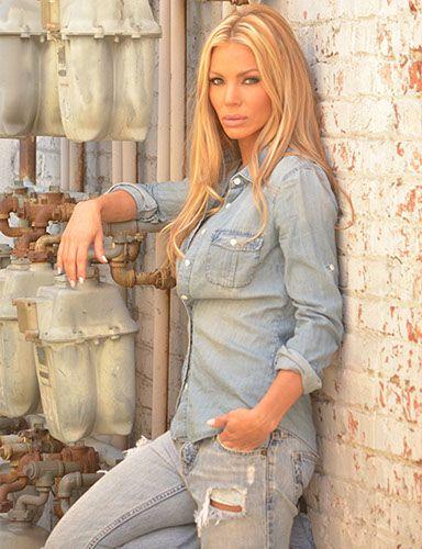 Gabrielle Tuite Nude Photos 36