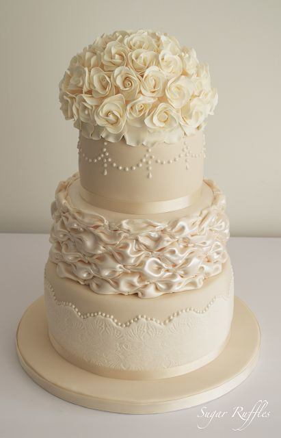 Sugar Ruffles, Elegant Wedding Cakes. Barrow in Furness and the Lake District, Cumbria: Ivory and Champagne Wedding Cake
