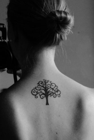 I like this tree design, but will not be considering it for my project. **Artist Unknown**