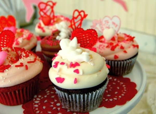 """マグノリアベーカリーに「バレンタインコレクション」--""""ハート""""いっぱいのカップケーキも!"""