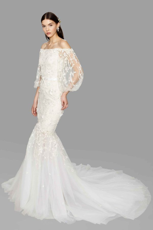 Does it get more gorgeous than this Marchesa wedding gown?