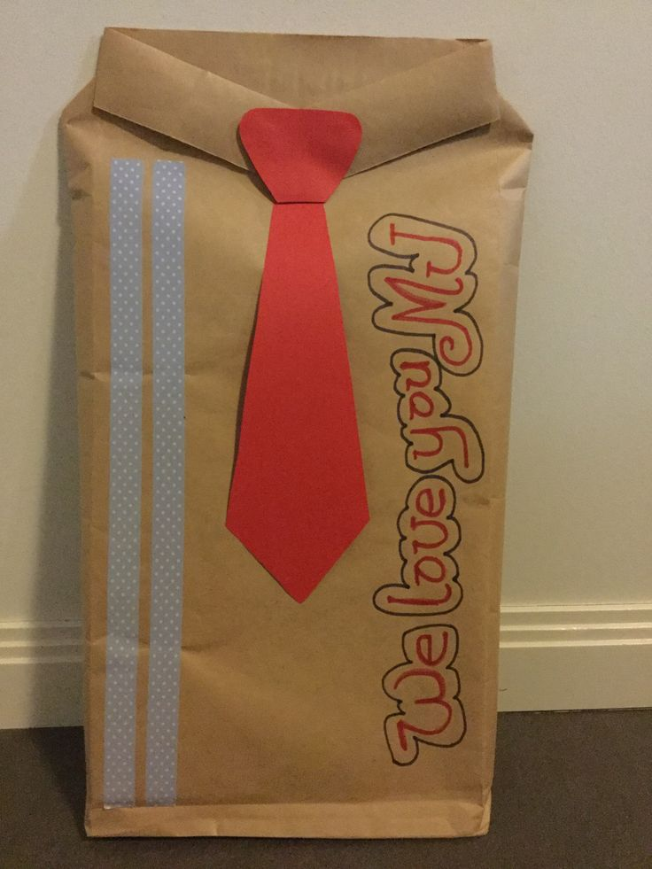 Gift wrapping ideas that is so cute and easy to make.  You can basically use any kind of papers of your choice.