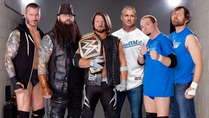 Equipo SmackDown LIVE: Randy Orton, Bray Wyatt, Campeón Mundial WWE AJ Styles, Comisionado de SmackDown LIVE Shane McMahon, la mascota James Ellsworth y Dean Ambrose