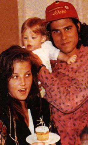 -Lisa Marie, and her children. - lisa-marie-presley Photo